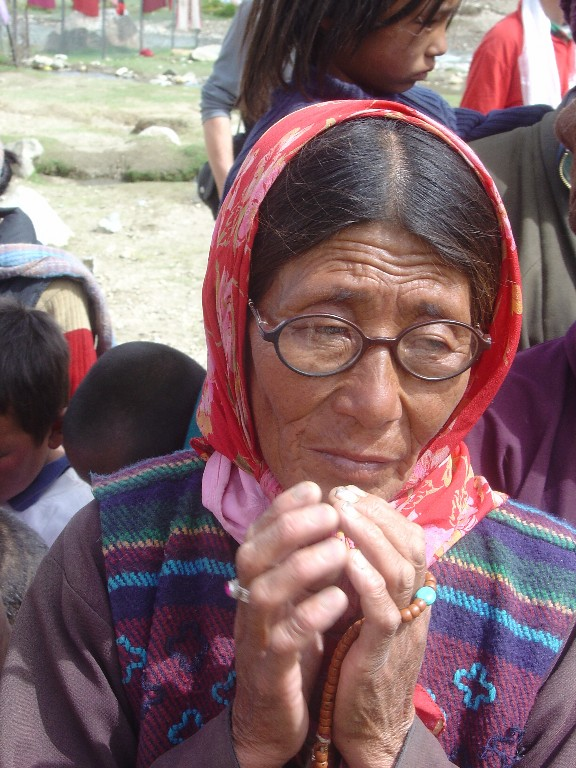 a-woman-of-korzok-ladakh_1024x768