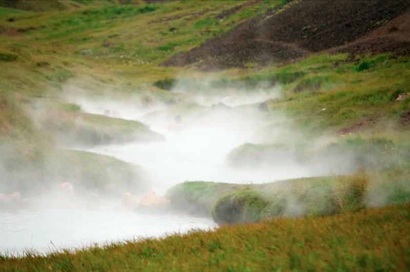 icelandic-bathing