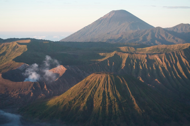 mt-bromo-smoking-with-mt-semaru-behind