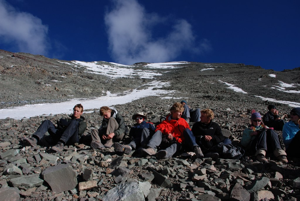 a-well-earned-rest-on-the-climb-up-stok-kangri