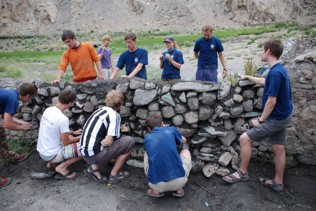 wall-building-at-the-school-in-hanker-markha-valley