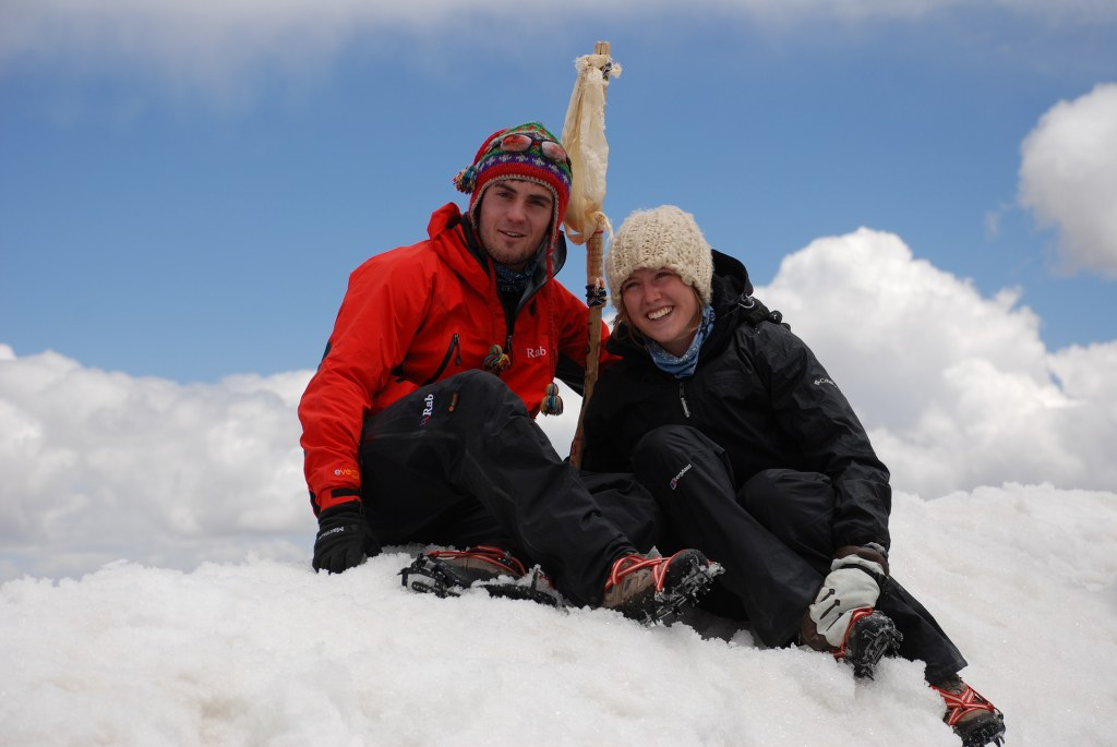 will-izzy-on-top-of-stok-kangri-6153m