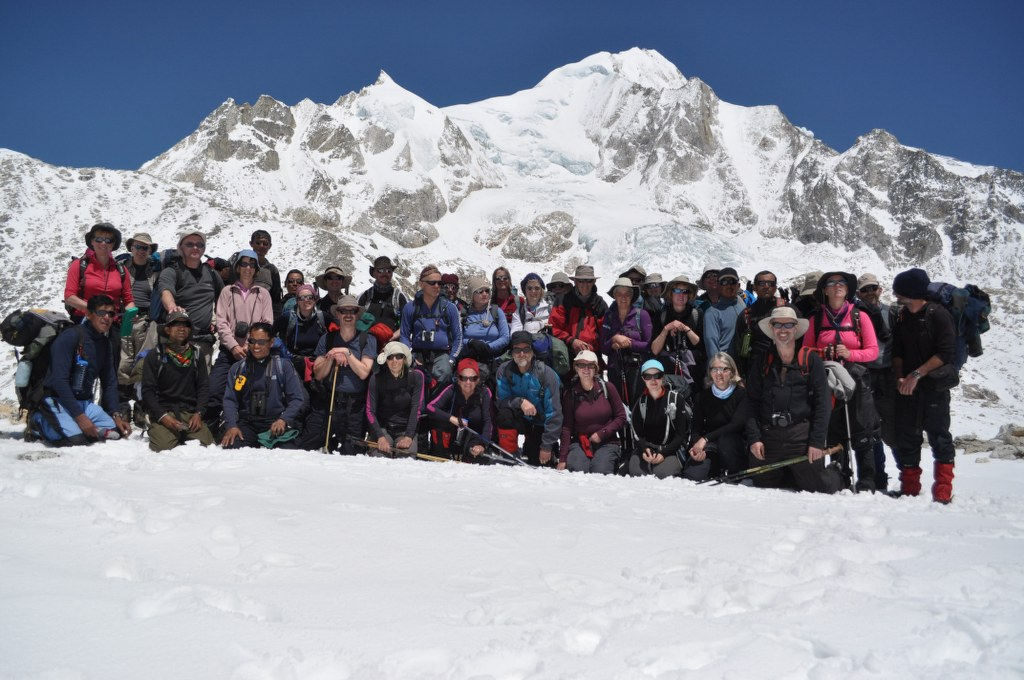 the-group-on-top-of-the-larkya-la-5200m