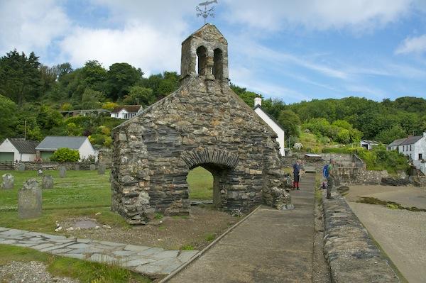 Church ruins at Cwm-yr-Eglwys
