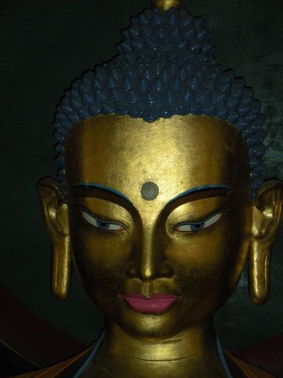 buddha-in-manali-temple