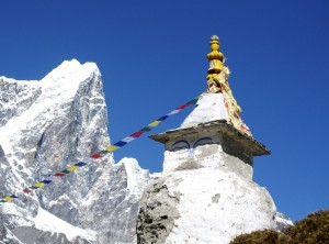 Cholatse &amp; chorten
